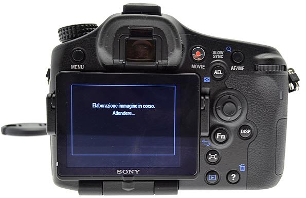 Sony alpha a77 il passo pi lungo della gamba versione - Due caratteri diversi prendon fuoco facilmente ...