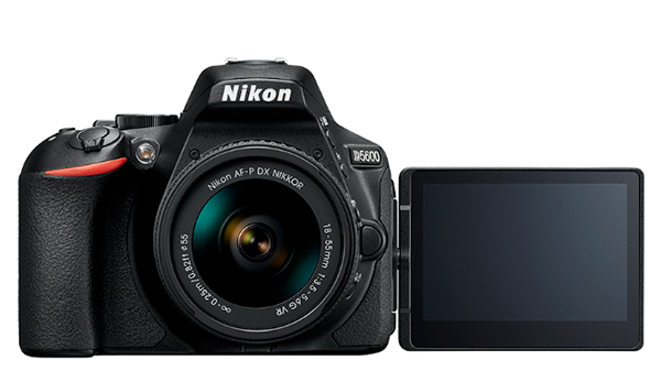 Nikon presenta la nuova Nikon D5600 con tecnologia Snapbridge